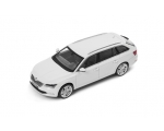 SKODA mudel Superb Combi 1:43 (Moon White)